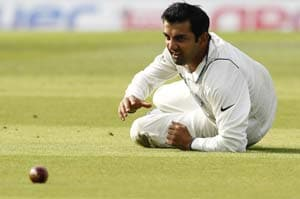 Gambhir fit to bat despite concussion