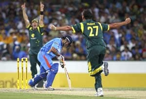 Australia beat India by 87 runs to qualify for finals