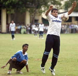 Sourav Ganguly shows keen interest in IPL-style football league