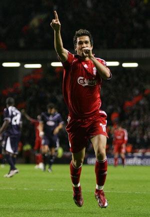 Former Liverpool midfielder Luis Garcia announces retirement