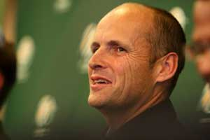Gary Kirsten says no to England coaching job