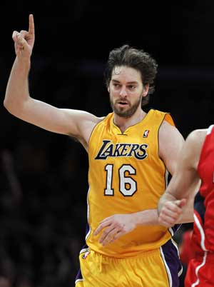 Lakers beat Hawks 86-78 after Gasol's late surge