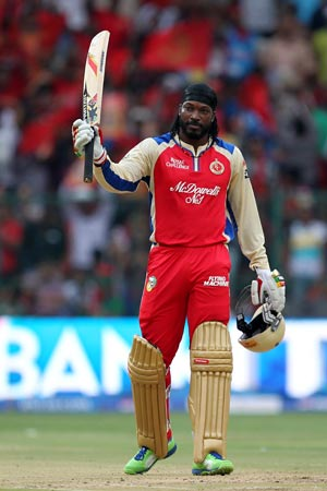 IPL 2013: Modest Chris Gayle showers praise on team after hitting 175*