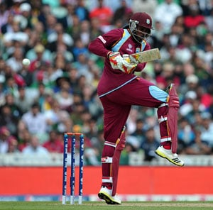 Tri-series: Ton-up Chris Gayle powers West Indies to 6-wicket win over Sri Lanka