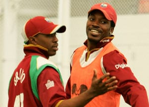 Tri-series: Sent message to Chris Gayle to go for bonus point, says Dwayne Bravo