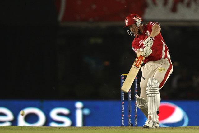 Kings XI Punjab Drifted in the Middle Overs Against Mumbai Indians, Says Coach Sanjay Bangar