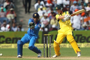 1st ODI Live Cricket Score: George Bailey and Mahendra Singh Dhoni
