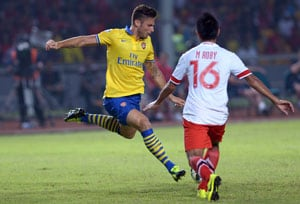 Olivier Giroud-inspired Arsenal cruise to victory in Vietnam