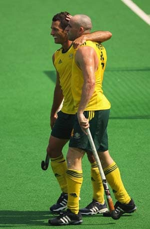 Australia continue to dominate, beat Korea 4-2