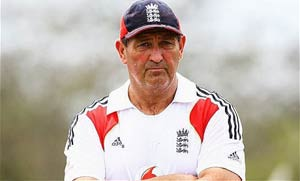 The Ashes: Sledging a compliment, says England batting coach Graham Gooch