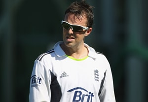 Graeme Swann ruled out of New Zealand Test series