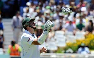 Graeme Smith fails as five South Africa batsmen score fifties in warm-up