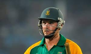 Australia look to seal T20 series against South Africa