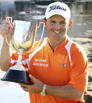 Chalmers holds nerve to win Australian PGA