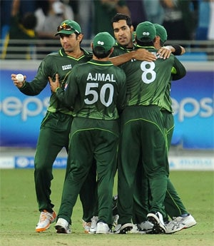 Misbah, Cheema take Pakistan to five-wicket win
