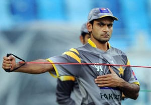 Mohammad Hafeez not wary of experienced MS Dhoni in upcoming series