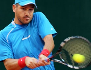 Davis Cup: Jan Hajek puts Czech Republic in front
