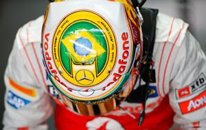 Brazilian GP: Lewis Hamilton on pole, Sebastian Vettel strikes crucial blow
