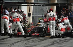 McLaren's Hamilton warns team to sort out problems