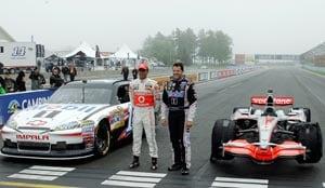 Hamilton, Stewart swap cars in New York