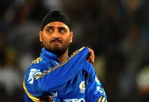 IPL 5: Harbhajan blames Mumbai Indians' poor shot selection for defeat