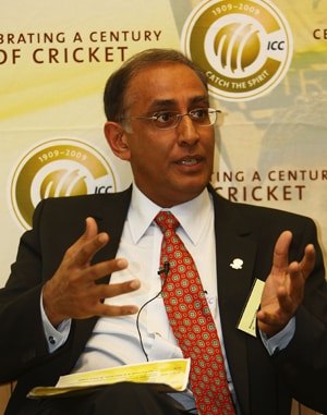 Facing an ICC probe distressing for Haroon Lorgat