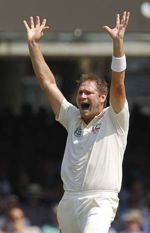 Australia paceman Ryan Harris struck down by virus