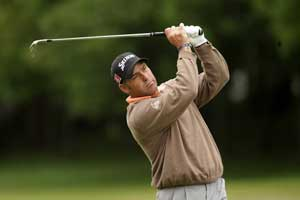 Otto surges into lead with 65 at SA Open