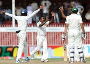 3rd Test: Pakistan take series after rain-hit draw