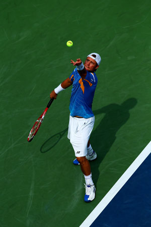 US Open: Lleyton Hewitt into 30th Grand Slam fourth round