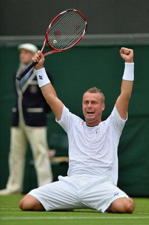 Wimbledon 2013: Feisty Leyton Hewitt stuns 11th seed Stanislas Wawrinka