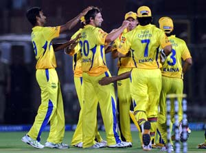 IPL 5: Chennai Super Kings beat Rajasthan Royals by 4 wickets