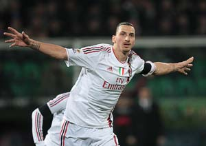 Ibrahimovic hat-trick boosts Milan as Juve held