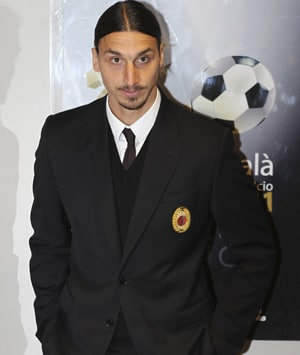 AC Milan's Ibrahimovic is Serie A player of 2011