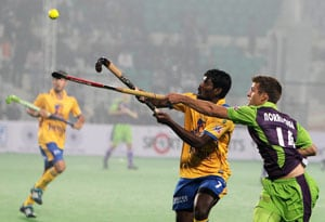 Delhi Waveriders edge out Punjab Warriors in Hockey India League opener