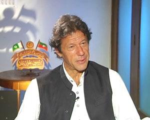 Sachin Tendulkar should leave on a high: Imran Khan