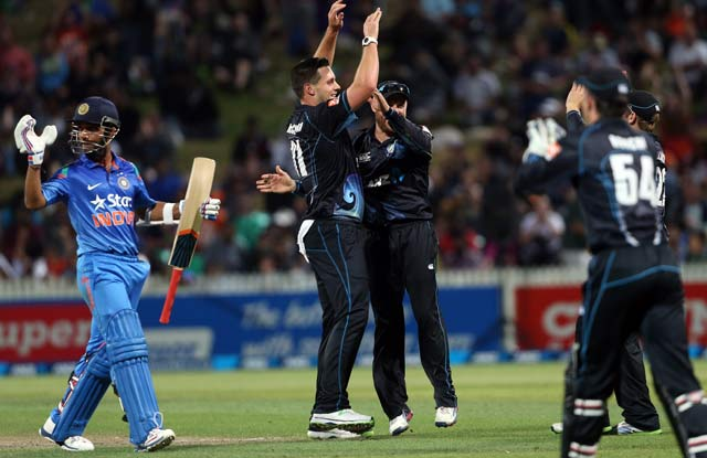 New Zealand vs India, 2nd ODI stats: MS Dhoni's team suffers fourth overseas loss on-the-trot
