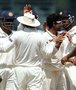 All and sundry congratulate Team India for consecutive Test wins over Australia