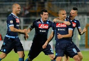 Napoli put Juventus's title celebrations on hold
