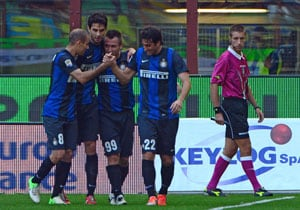 Inter Milan keep Juventus in sight with fourth straight win