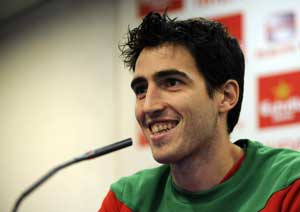 Injured Andoni Iraola set to miss Euro 2012: Report