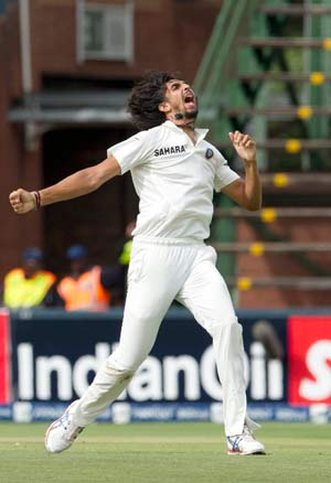 1st Test, Day 2: Ishant Sharma's three reduces South Africa to 213/6