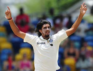 Ishant defends Dhoni's decision to not bowl him