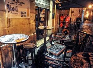 Lazio fans attack Tottenham supporters, trash bar