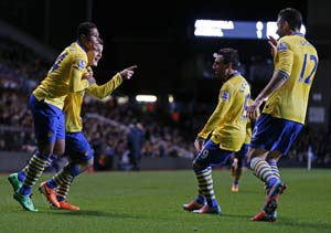 Arsenal reclaim EPL top-spot after downing Aston Villa