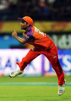 IPL auction: Ravindra Jadeja costliest at $2 mn, Vinay Kumar bags $1 mn