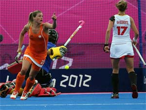 The Netherlands beat Japan 3-2 in Olympic women's hockey