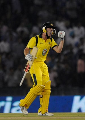 Don't worry Ishant, it happens to everybody: James Faulkner