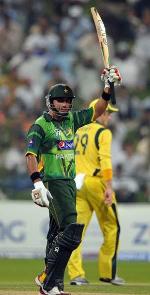 Nasir Jamshed helps Pakistan level series against Australia