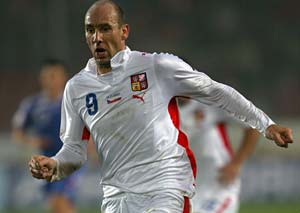 Czech striker Jan Koller retires at 38